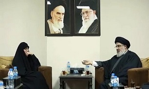 Martyr Soleimani's daughter meets with Hassan Nasrallah